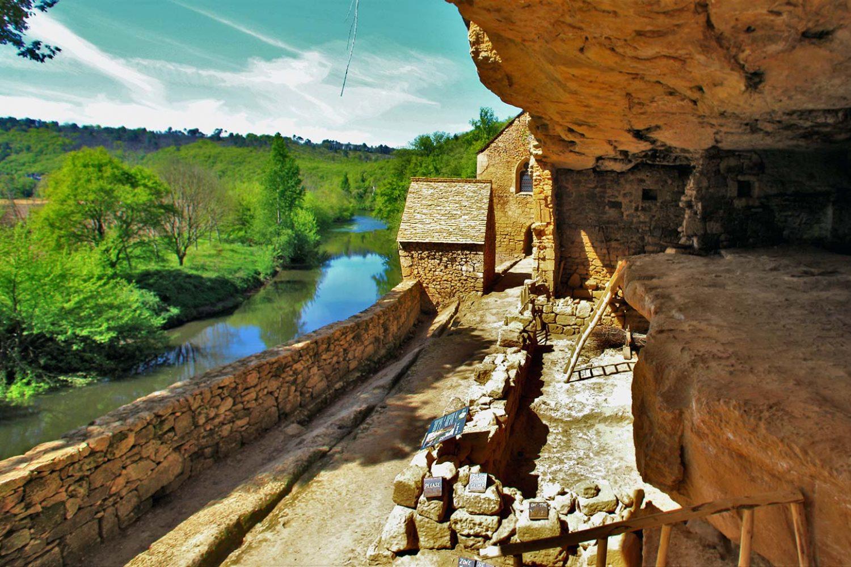 reveries_en_perigord_chambres_d_hôtes_piscine_sarlat_tourisme_village_madeleine